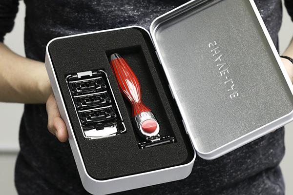 Бритва Shave-Lab Seis Fireglow Rouge, красный цвет