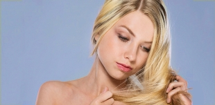 Волосы сухие, а кожа головы жирная. Что делать, чем мыть и как ухаживать?