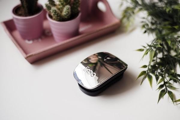 Компактная расческа ikoo pocket metallic black «Серый металлик»